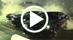 Dodge Challenger SRT Hellcats drifter med rockband