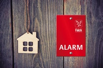 Vind en Falck Alarm i 4 år med ALT betalt (værdi: 17.837 kr.)