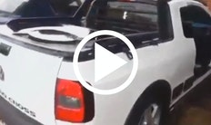 Bil med sygt lydsystem