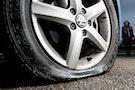 Dyrt at punktere i en ny bil