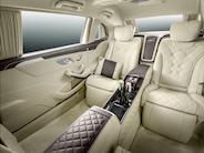 6,5 meter lang Mercedes-Maybach Pullman
