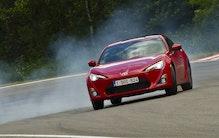 Håndgemæng: GT86, Megane R.S eller Peugeot RCZ?