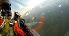 Se de danske F16 på tur over Grønland