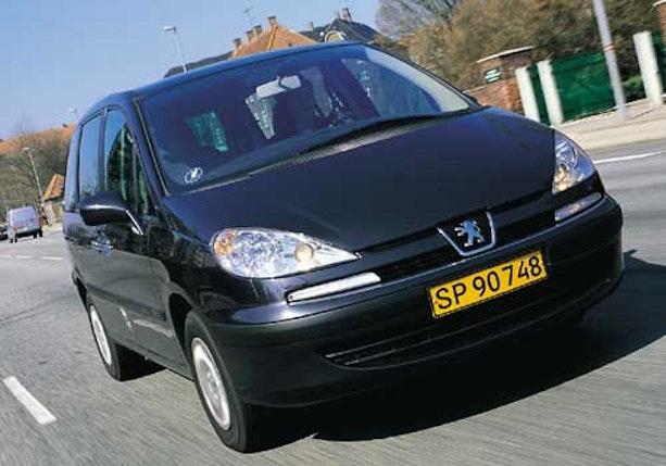 Biltest af Peugeot 807 2,2 HDi SR