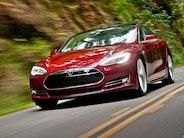 Tesla S D: 0-100 km/t på 3,4 sekunder!