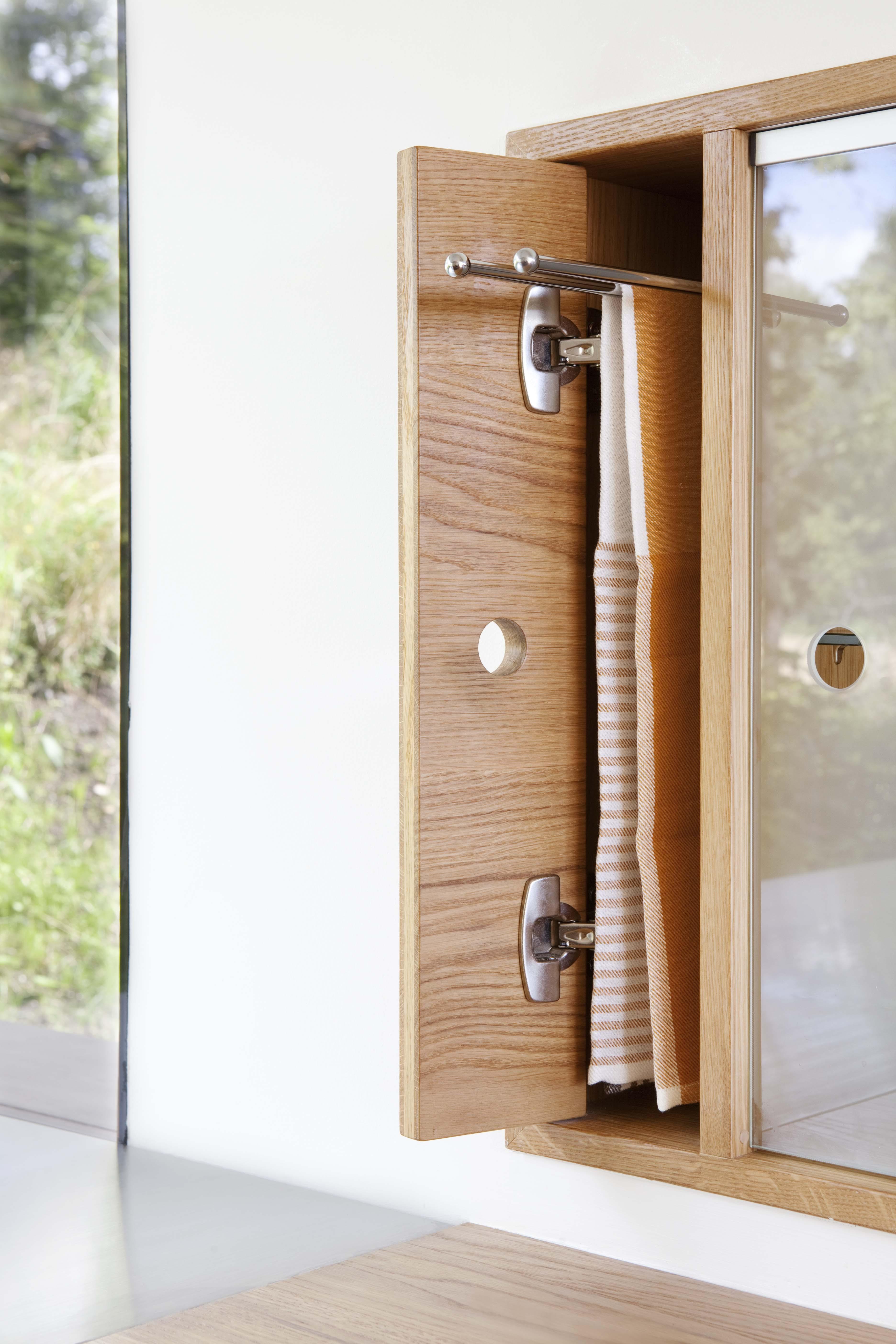 Smarte Møbler: Ideer til integrert flatskjerm. Om kolleksjonen Lom ...