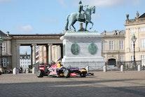 Formel 1-racer fyres af midt i København