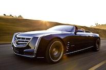 Kæmpe svin af en åben Cadillac