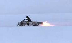 Skøre svenskere: 304 km/t på is