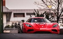 7 sprøde V8-biler, du kan købe nu