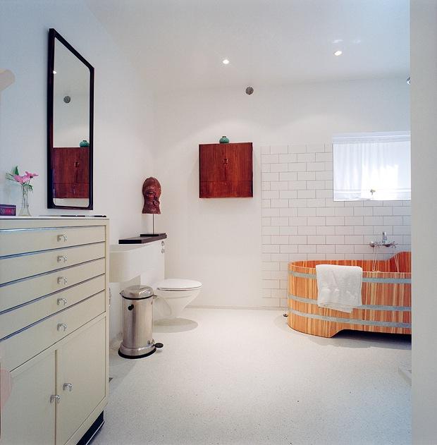 boligbesok klassisk design blant bjelker og marmor