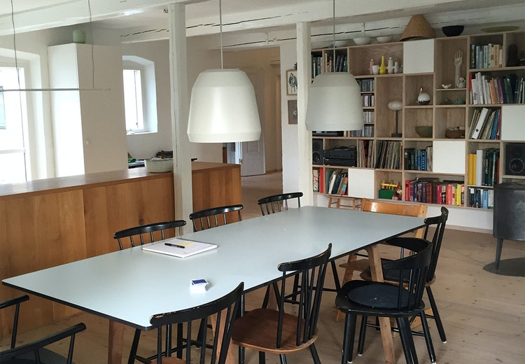 Fem om fredagen: hjemme hos designer anne stensgaard fra aytm ...