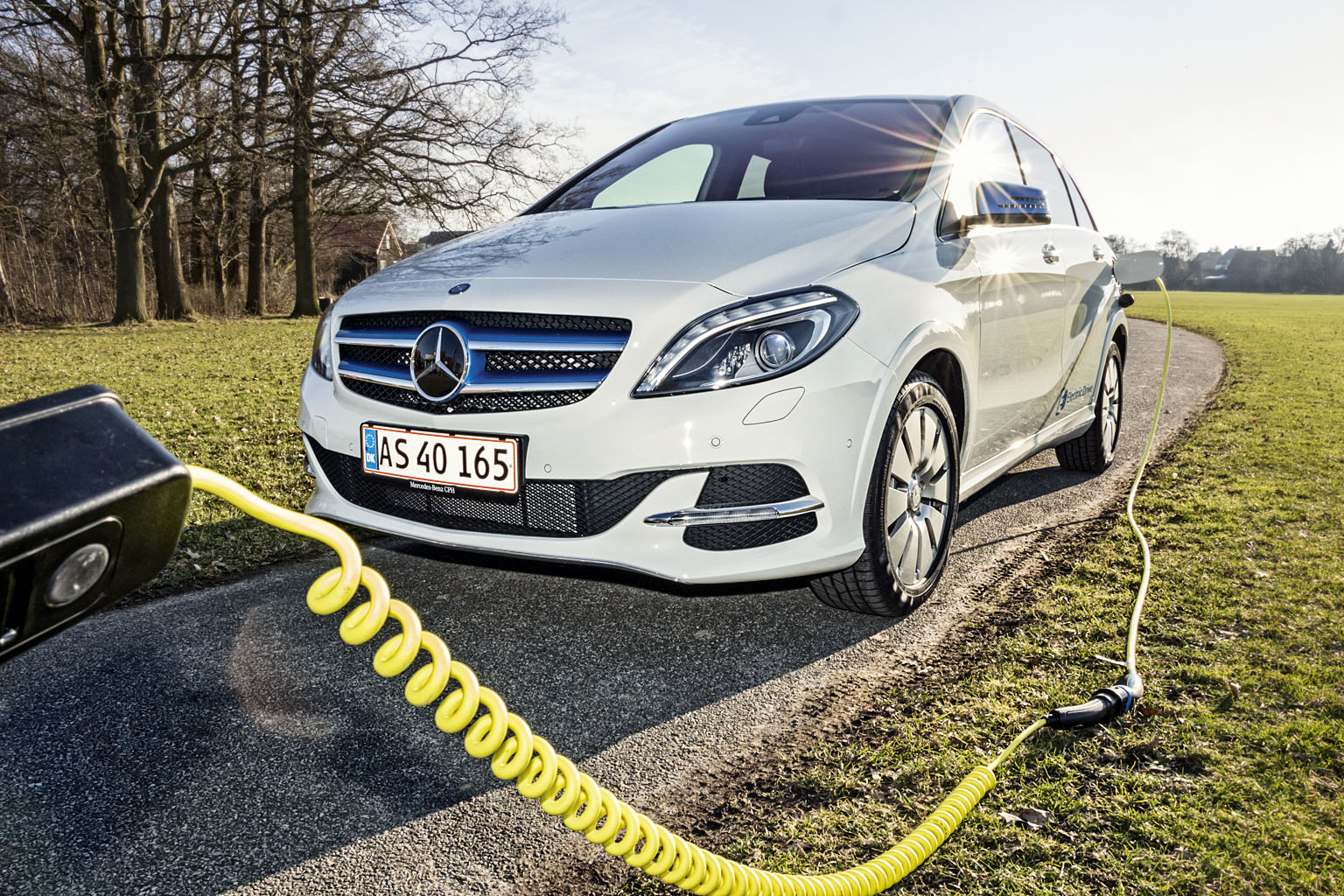 Elbiler som den nye Kia Soul EV, Mercedes B-klasse og Tesla skal købes inden nytår | Bilmagasinet.dk